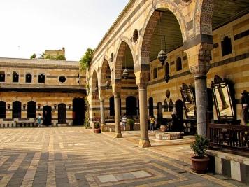 azm-palace